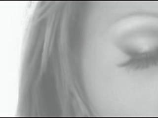 क्रिस्टीना बेला - बस सुंदर