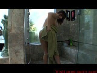 जेनिफर व्हाइट गर्म स्नान पट्टी और blowjob