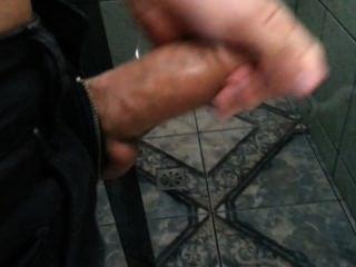 garotão कॉम tesão पीटा उमा punheta ई jorra Muito leitinho ...