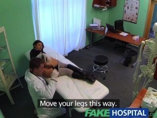 FakeHospital सही संचिका स्लिम रोगी डॉक्टरों मुर्गा प्यार करता है इलाज