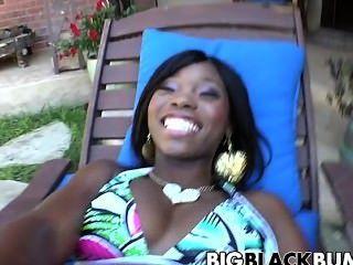 मोटी काली लड़की आबनूस स्टार