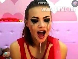 पागल डीप गले महिला 1 कट्टर
