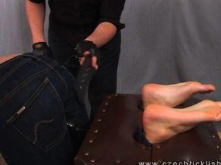 हंसोड़ झो गुदगुदी गला घोट दिया और spanked