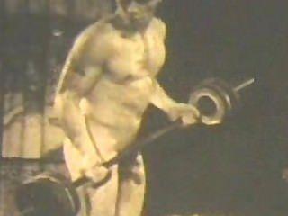 क्लासिक काया मॉडल मोंटे हैन्सन नग्न!