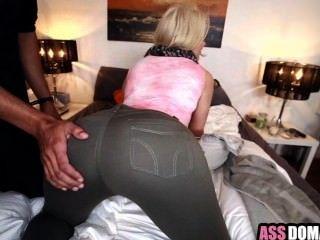 बिग गधा गोरा सफेद लड़की Anikka Albrite गड़बड़ hard_1.1