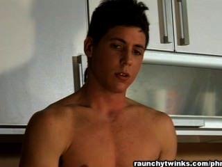 कैमरे पर सेक्सी Fabiano झटके बंद