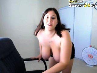 चैट सेक्स में उत्साहित tonita मुक्त के साथ स्नान करने के लिए परिष्कृत करना