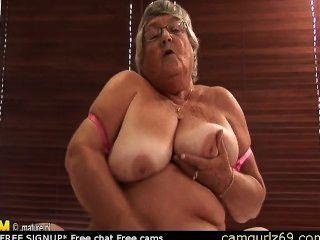 कैम वेब कैमरा जोड़े को लाइव camsex पर पुराने एमेच्योर दादी हस्तमैथुन