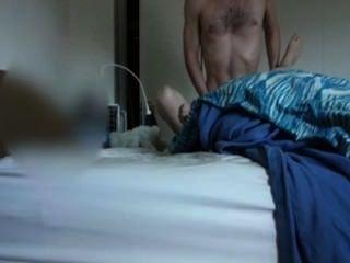 अपने सेक्सी महिला सहकर्मी के साथ यौन संबंध