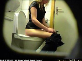 गोरा शौकिया किशोरों शौचालय बिल्ली गधा छुपे हुए जासूस सांचा दृश्यरतिक 4 एमएसएन कैम सेक्स कर रहा हूँ