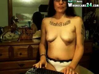 सेक्सी वेब कैमरा में अद्भुत जोनी बीए के साथ निप्पॉन को परिष्कृत करना
