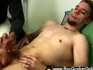 गर्म समलैंगिक शॉन एक पोर्न स्टार है कि शूटिंग से एक छोटा ब्रेक ले लिया है