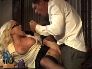 गुदा मैथुन - स्टॉकिंग्स
