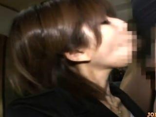 कार्यालय औरत उसे स्तन blowjob दे मला मीटर पर कुत्ता में गड़बड़ हो रही है