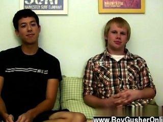 ऑस्टिन के समलैंगिक फिल्म जानता है कि कैसे Erick की weenie काम करने के लिए जब तक वह है