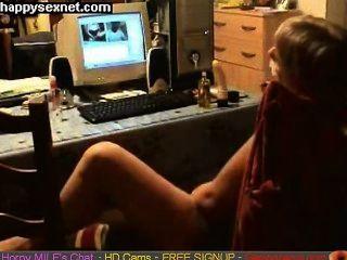 एमआईएलए वेब कैम पर मज़ा आ रहा है।छिपे हुए कैमरे गर्म लाइव सेक्स केम्स gapingcams.com