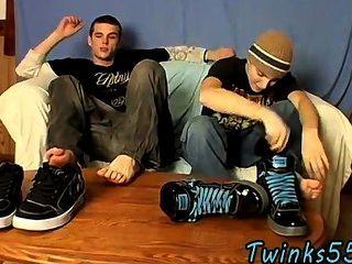 लड़कों बंद पैर खेलने जैक के समलैंगिक क्लिप