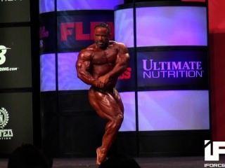 musclebull जोस: 2014 ओलंपिया 212 अनिवार्य दिनचर्या पूर्वाग्रह