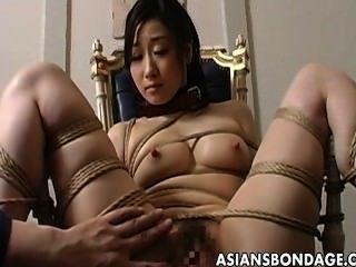 जापानी लड़की चरम बंधन और डिल्डो japan-adult.com/pornh बकवास