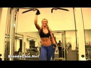 सेक्सी महिला मांसपेशियों प्रेमी वीडियो 12