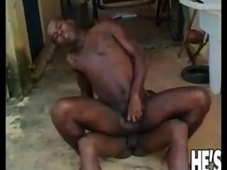 दो काले समलैंगिक कुछ मज़ा आ रहा है लोगों को