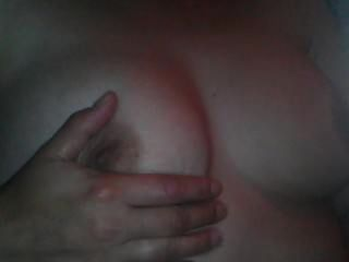 एमईएस ग्रोस बड़े स्तन