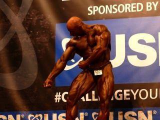 muscledad Tonny माउंट - प्रतियोगी कोई 90 - अंतिम - पेशेवर - Nabba यूनी
