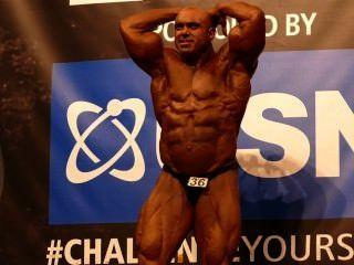 roidgutted musclebull स्टीव गाड़ी - कक्षा 3 - Nabba ब्रह्मांड 2014