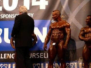 roidgutted musclebulls परिचय और इंटरव्यू - Nabba ब्रह्मांड 2014