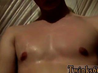 समलैंगिक नंगा नाच पेशाब प्यार welsey और लड़कों