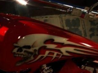 सेक्सी गोरा Sandee एक लोमडी की तरह उसकी बाइक की सवारी