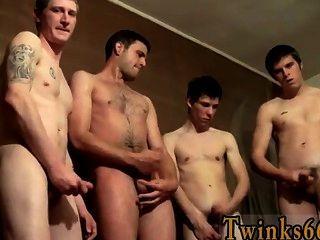 सेक्सी समलैंगिक पेशाब प्यार welsey और लड़कों