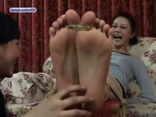 एशियाई पैर गुदगुदी