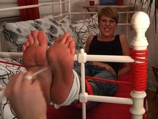 footfetish-लड़कियों - मेरे पैर गुदगुदी