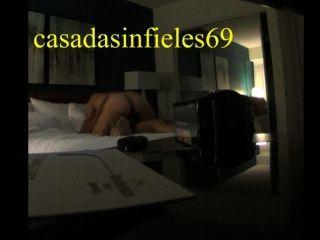 CASADA Infiel एआर 1 लैटिन हॉट