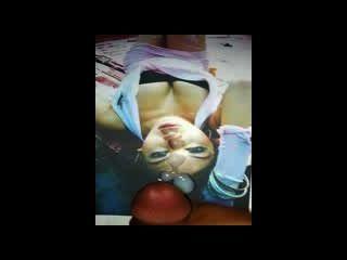 इंडोनेशियाई बड़े स्तन Celeb सह शॉट 2 के लिए मिला