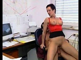 Susanna डी गार्सिया: कार्यालय में बॉस बकवास