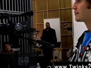 फिल्म twink इस नैट कैनेडी और टायलर से एक परदे के पीछे क्लिप है
