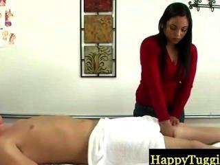 सेक्सी एशियाई करनेवाली चूसना करने के लिए भुगतान किया जाता है