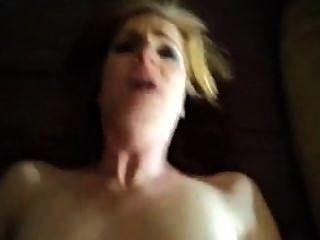 सेक्सी सीए, redheaded चेहरे के साथ गड़बड़ हो रही है