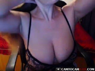 अच्छा बड़े स्तन शौकिया वेब कैमरा