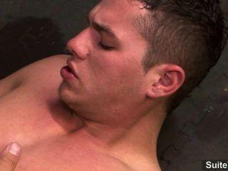 अद्भुत समलैंगिकों एंड्रयू नीले और शिकारी फोर्ड कमबख्त और उनके शव कमिंग