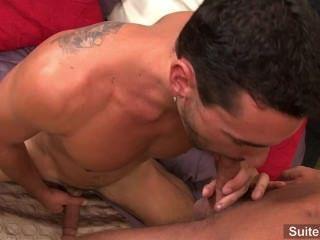 अच्छी लग समलैंगिक बॉबी क्लार्क anally टक्कर लगी और सींग जेरेमी द्वारा cummed हो जाता है