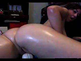 हॉट बेब कैम पर एक बड़ा संभोग सुख है