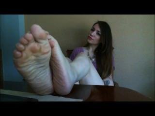 पैर की अंगुली कर्लिंग तलवों