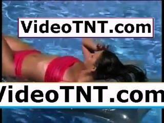 कामुक सुंदर बेब अच्छा गधा लूट बट स्तन स्तन समलैंगिक एशियाई अश्लील सेंट