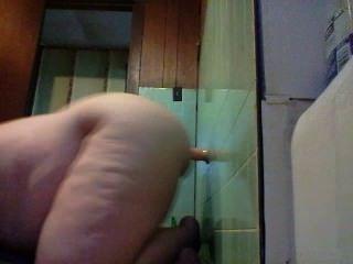 18 y / o फैटी एक dildo के साथ खुद को fucks और यह सवारी