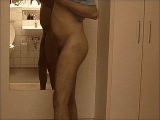 nakedboy 01 pornhub 7c8a1 जिमी आईएल ragazzo सी presenta AT1 Allo नग्न आ