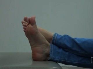खरा थाई लड़की आराम पैर