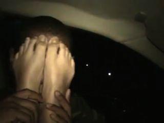 पैरों 1 cassie.flv के साथ चेहरे की मालिश